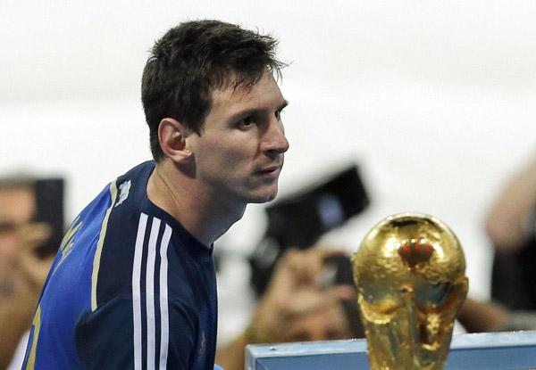 2014巴西世界杯金球奖内幕 收集金球提升梅西能力值图片